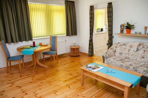 Zimmertyp 2-Raum-Apartment bis 3 Personen - Dateiname apartmentdresden2-1